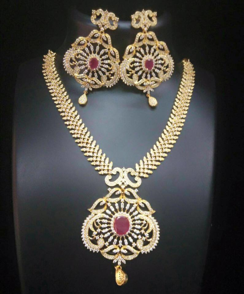 INR 4000 Rs 4