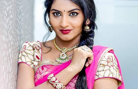 ETV Telugu Actress- aadade aadharam star Pallavi in Green Lehenga