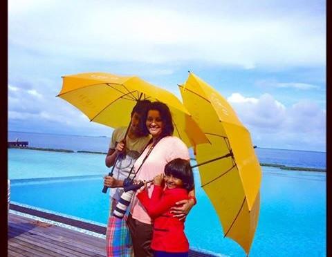 Renu desai & her kids enjoying Holiday in Maldives
