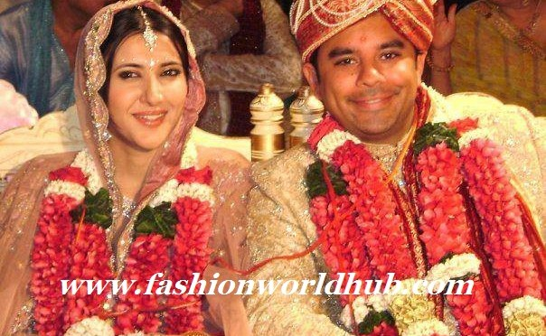 Sakshi sivanand rare marriage pic