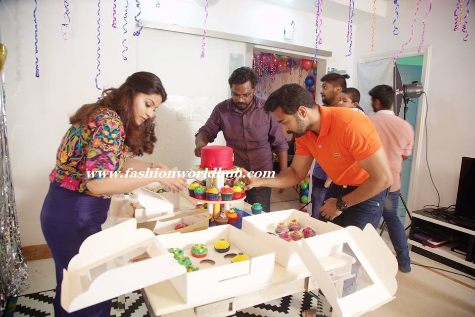 Cake Images With Name Sneha : Sneha Son vihaan First birthday photos Fashionworldhub