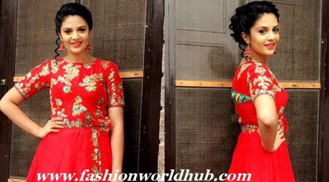 Sreemukhi in Red Long Frock – Sony Reddy couture