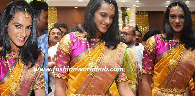PV Sindhu at Kalamandir store launch!