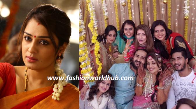 Mehendi function Photos of Nikita Thukral ( All set for wedding!)