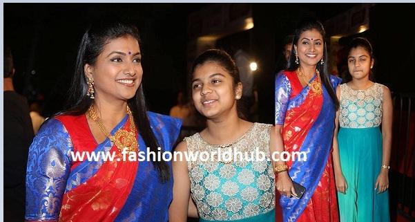 Actress Roja & her daughter at Gemeni Awards!