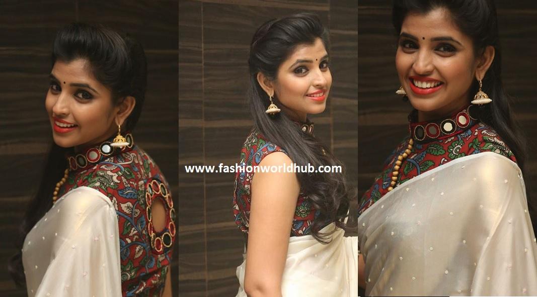 Anchor syamala with plain saree and kalamkari blouse