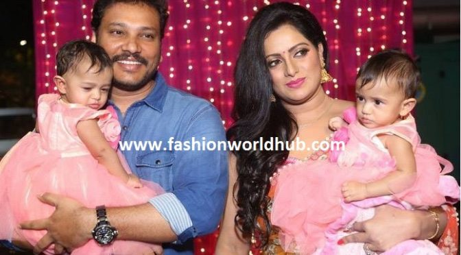 Anchor Udaya bhanu & Family at Zee Telugu Apasara Awards.
