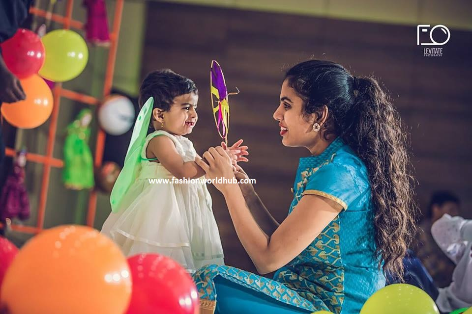 Sravana Bhargavi Amp Hemachandra Daughter 1st Birthday