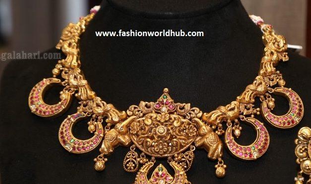 Antique kundan chandbali necklace