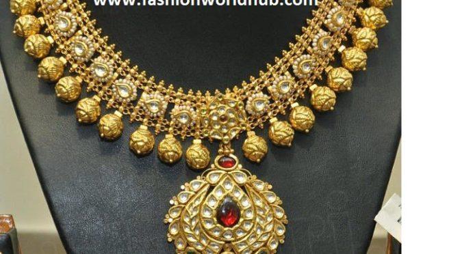Antique Kundan pearl Necklace