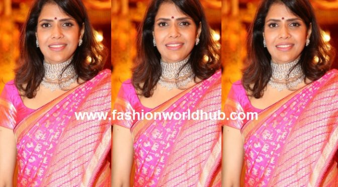 Shalini Bhupal in Pink banarasi saree at her daughter Shriya Bhupal's wedding