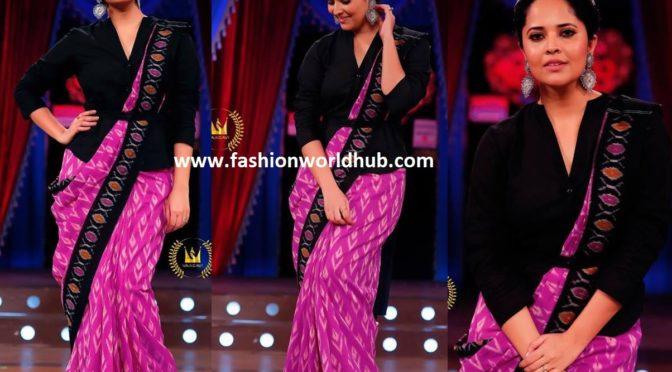 Anasuya Bharadwaj in Pink Handloom Saree!