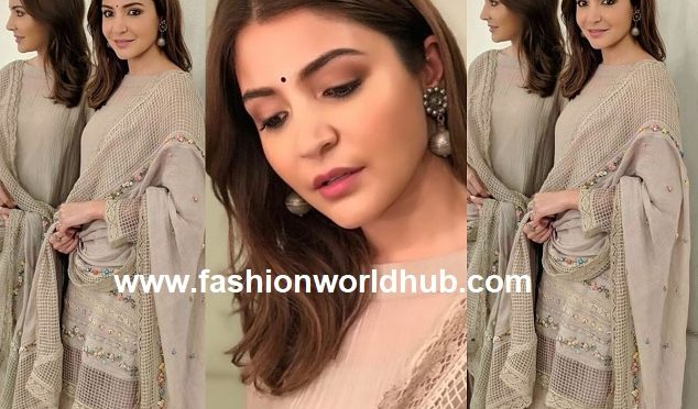Anushka Sharma in péro by aneeth arora