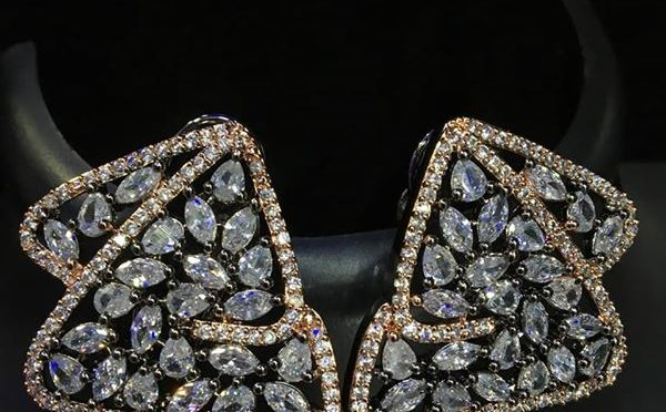 19 Stunning ear rings!