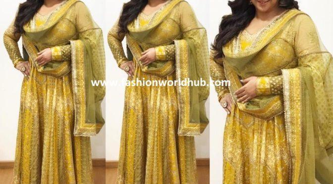 682c60d3865763 Vidya balan in Anarkali suit for promotions of NTR Kathanayakudu ...