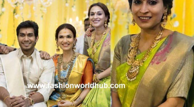 Aishwarya dhanush in Green silk saree at Soundarya Rajanikanth Pre wedding reception!
