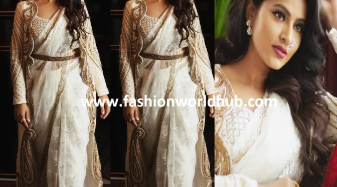 Sneha Prasanna in White designer saree!