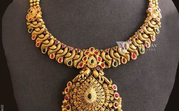 Antique gold necklace designs by Vaibhav jewellers