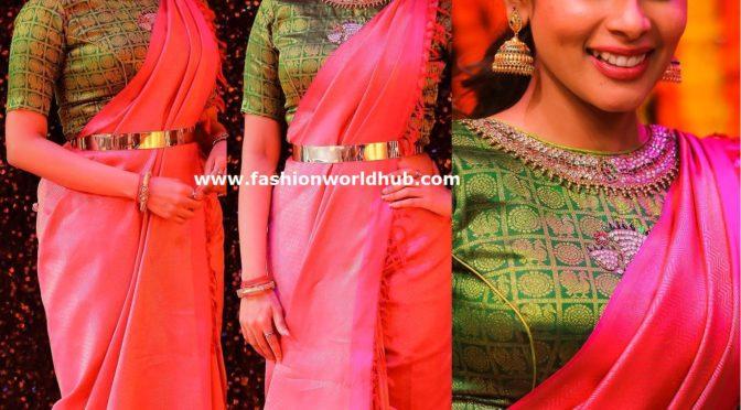 Kiki Vijay traditional look!