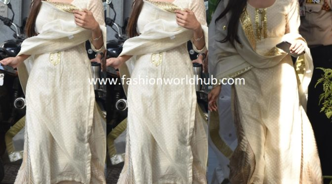 Mouni Roy in a Palazzo suit!