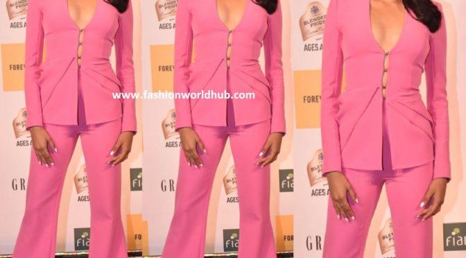 Janhvi Kapoor at Grazia millennial Awards 2019