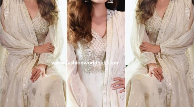 Dia mirza in Anita dongre for the promotions of Kaafir movie!