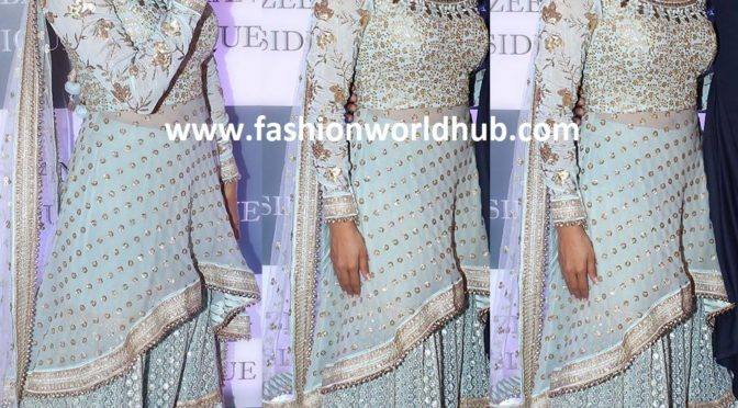 Divyanka Tripathi in Sharara Suit at Baba Siddique's Iftar party