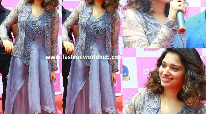 Tamannaah Bhatia at B Mobile's new store launch