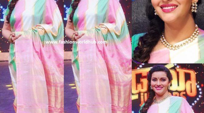 Renu Desai in a silk saree!