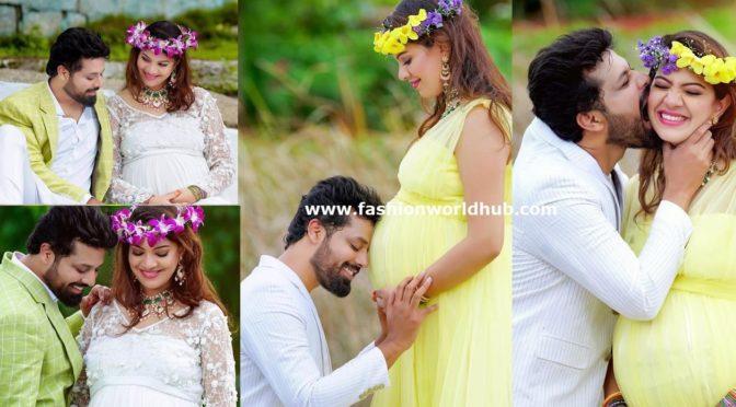 Singer Geetha Madhuri Maternity photo shot Pics!