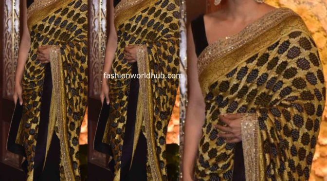 Ambani Ganesh Chaturthi Celebrations: Kajol in Black and gold Saree!