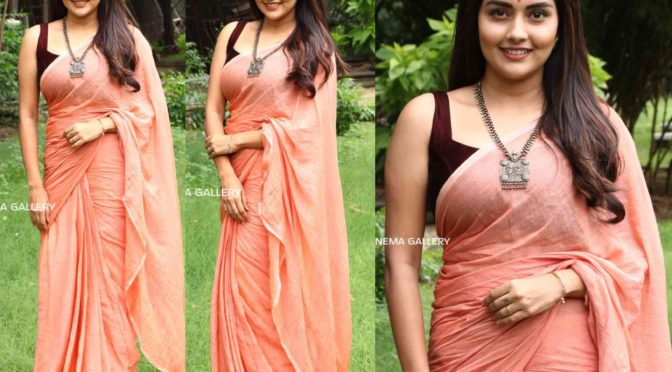 Mahima Nambiar in a peach linen saree by Suta