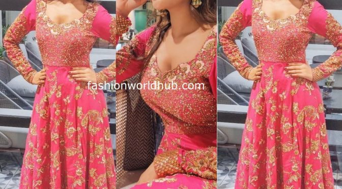 Nidhhi Agerwal in Pink Anarkali
