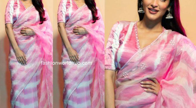 Shruti Haasan's in pint tie and dye sheer organza saree!