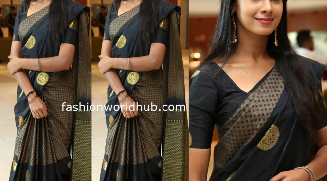Suryakantham Serial fame actress Anusha Hegde in a black saree!