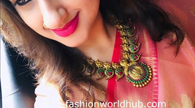Pritha Hari in Antique Jewellery!
