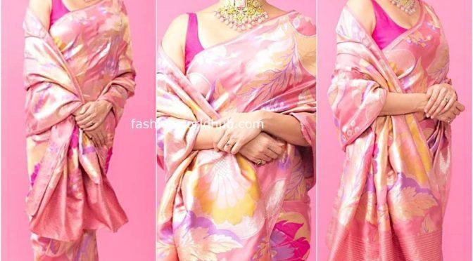 Amruta Khanvilkar in a pink floral saree!