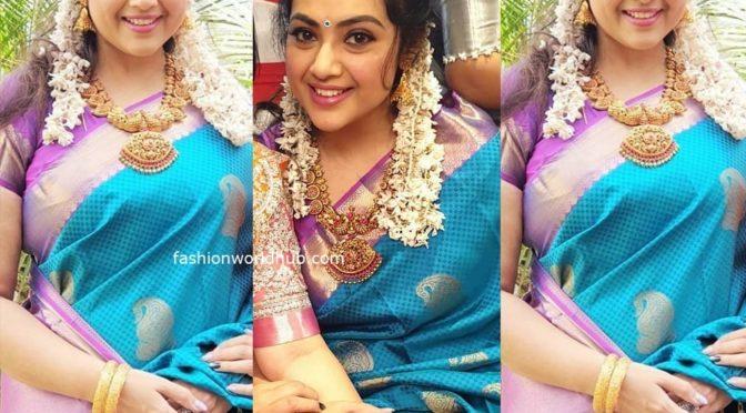 Meena in blue silk saree!