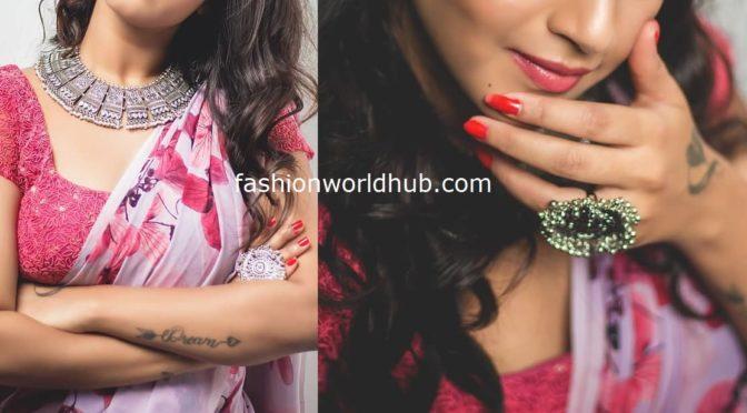 Deepthi Sunaina in a Floral saree!