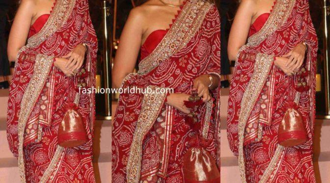 Shweta Bachchan in Red bandhani saree!