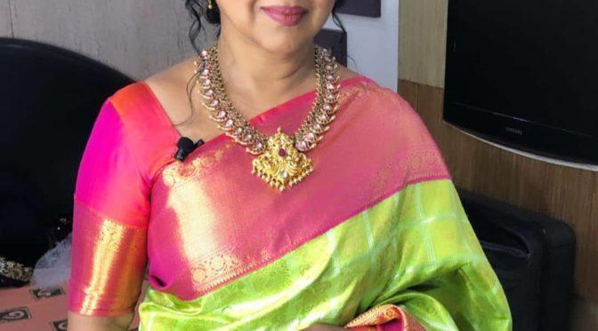 Radhika Sarath Kumar in Kundan mango haram!