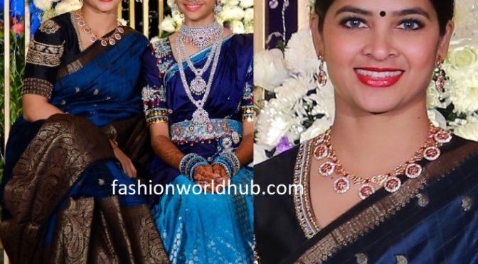 Madhumitha Sivabalaji in a blue silk saree!