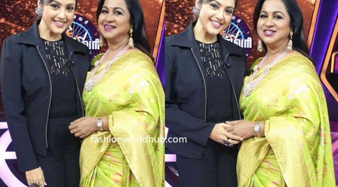 Actress meena at Kodeeswari show in colors tamil!