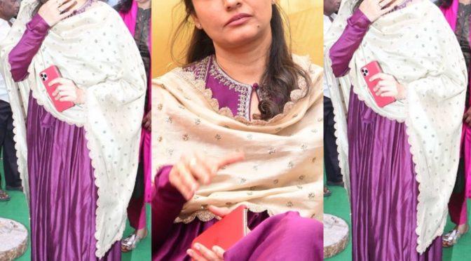 Namrata Shirodkar in Jayanthi reddy