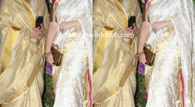 Twinkle Khanna and her mom in traditional saree at Armaan Jain's wedding!