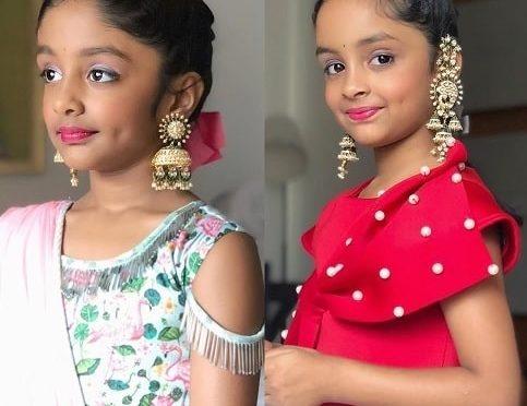 Manchu Ariaana & Viviana in Heavy gold Jhumkhas!