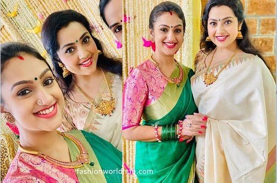 Meena and Pritha hari at a recent function!