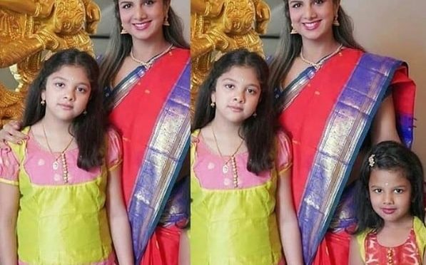 Rambha and her kids in Traditional outfits!