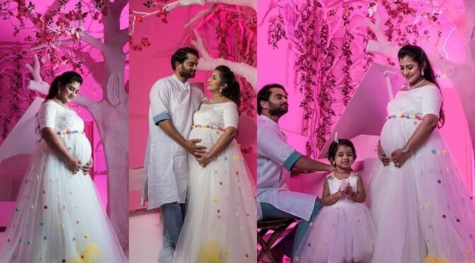 Singer Parnika Manya Maternity photo shoot!