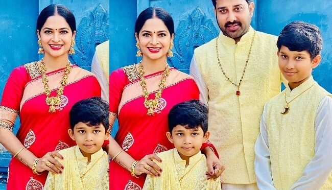 Madhumitha Sivabalaji Family in Traditional outfits!